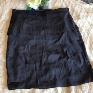Like new August Silk tiered navy skirt size 6